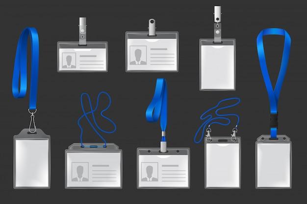 Пластиковые значки на ремешках и держателях