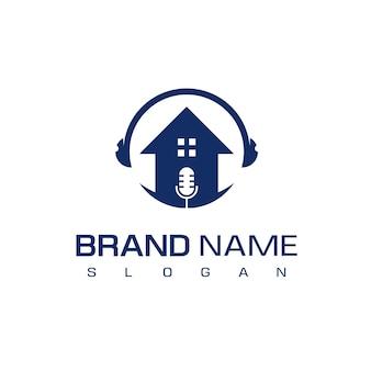 Логотип podcast house