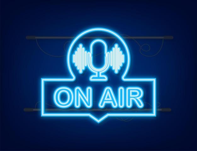 방송 중 라이브 팟캐스트 배지 아이콘 스탬프 로고 라디오 방송 또는 스트리밍과 같은 팟캐스트 아이콘