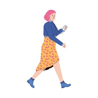 Podcasting 캐릭터 소녀는 헤드폰과 휴대 전화를 사용하여 온라인으로 라디오를 듣습니다.