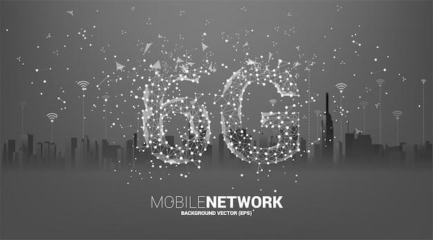 街の背景を持つポリゴンドットコネクトライン形状の6gモバイルネットワーク。携帯電話データ技術のコンセプトです。