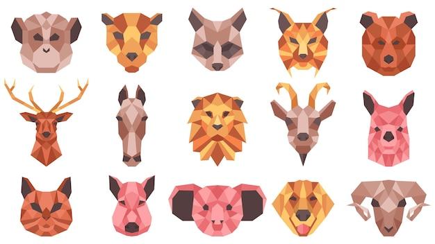 다각형 기하학적 동물 낮은 폴리 초상화. 야생 및 가축의 얼굴, 고양이, 말, 너구리, 염소 벡터 삽화 세트. 기하학적 동물 머리