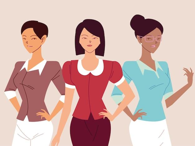 Портрет деловых женщин, улыбающихся деловых женщин