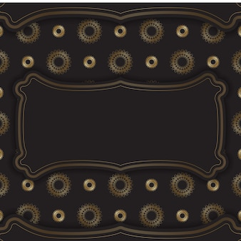 金色のヴィンテージパターンと黒のポストカードテンプレート