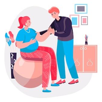 妊娠の概念。ボールと夫と一緒に運動をしている妊婦が彼女を助けます。若い家族、子供キャラクターシーンを期待しているカップル。人々の活動とフラットなデザインのベクトル図