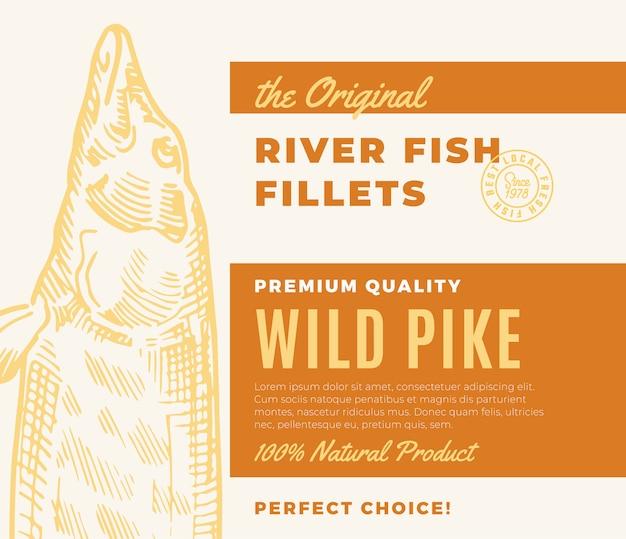 프리미엄 품질의 생선 필레. 초록 물고기 포장 디자인 또는 레이블. 현대 타이포그래피와 손으로 그린 파이크 실루엣 배경 레이아웃