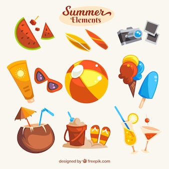 Abbastanza insieme di oggetti estivi