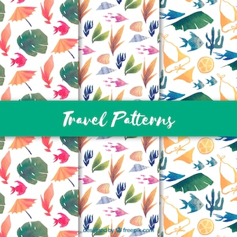 Pretty watercolor patterns with leaves and fish