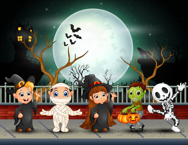 Printhappy halloween kids in full moon background