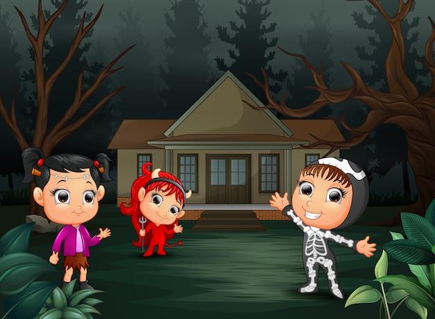 Printhappy хэллоуин с группой детей