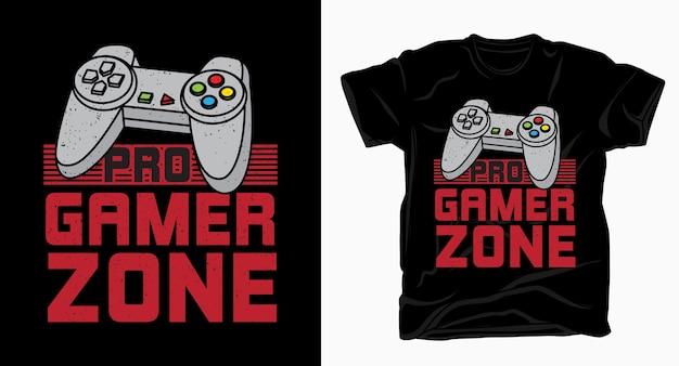 Типографика зоны профессионального геймера с футболкой с геймпадом