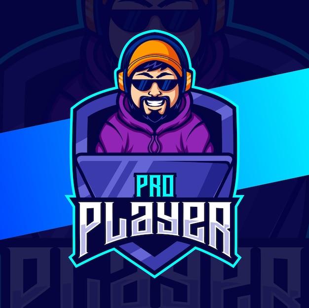 게임 e스포츠 로고 디자인을 위한 프로 기도 게이머 남자 마스코트 캐릭터