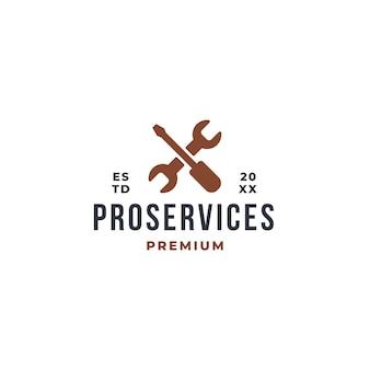 Концепция логотипа pro service с отверткой и значком символа гаечного ключа