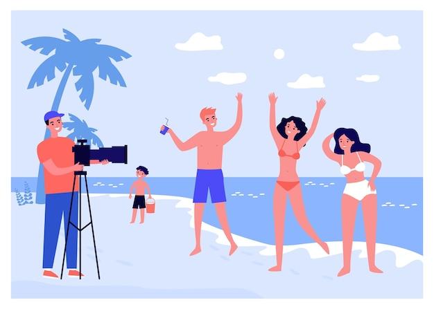 Профессиональный фотограф, снимающий группу друзей на пляже. молодые люди стреляют коммерческой плоской векторной иллюстрацией. отпуск, фотография, летняя концепция для баннера, дизайна веб-сайта или целевой страницы