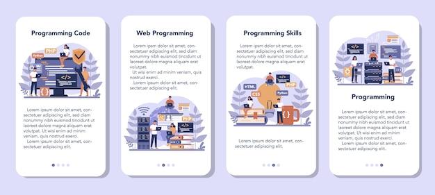 プログラミングモバイルアプリケーションバナーセット。インターネットやさまざまなソフトウェアを使用して、コンピューターで作業し、プログラムをコーディング、テスト、作成するというアイデア。ウェブサイトの開発。ベクトルイラスト