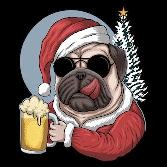 Пиво мопса в костюме санта-клауса на рождество