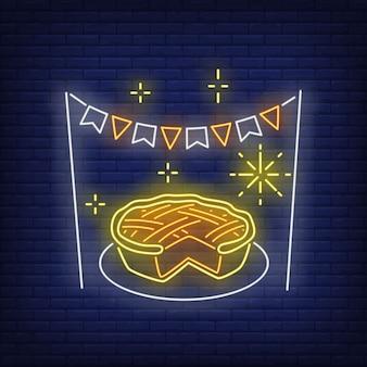 Тыквенный пирог в неоновом стиле
