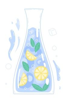 ガラスカラフにレモンを入れた純粋な飲料水。