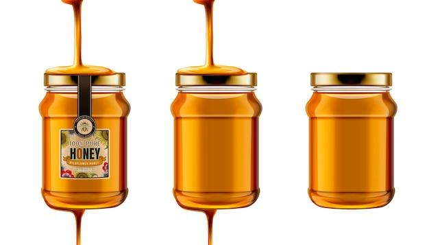 순수한 꿀 항아리, 그림에서 위쪽에서 떨어지는 꿀 유리 항아리 세트, 흰색 배경