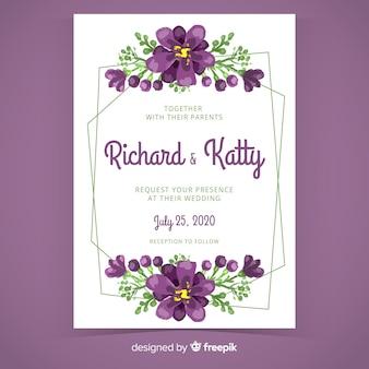 紫色の手描きの花のフレームの結婚式の招待状