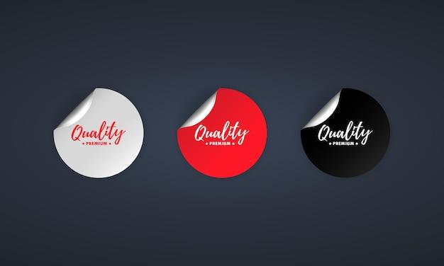 Значок качества премиум. набор наклеек. вектор скидки. набор наклеек премиум качества. черные, красные и белые круглые теги круга. шаблон значков тегов продажи. скидка на продвижение. векторная иллюстрация. eps10