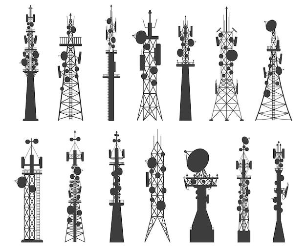 電波塔のシルエット。衛星通信アンテナ。テレコムネットワークセルラー放送機器。ワイヤレス技術マストベクトルセット。インターネット波伝送用機器