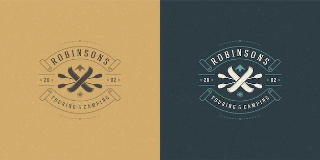 Рафтинг логотип эмблема векторные иллюстрации экстремальные приключенческие экспедиции, лодки и весла силуэты для рубашки или печати штампа. винтажный дизайн значка типографии.