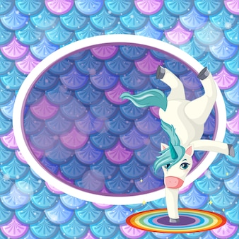무지개 물고기 비늘 배경에 유니콘 만화 캐릭터와 무지개 타원형 배너