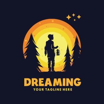 月のシンボルで夢に到達ロゴ