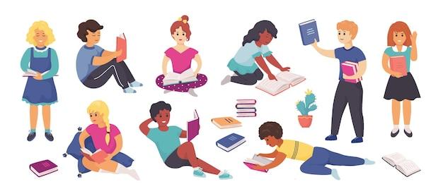 Читают дети. персонажи мультфильмов школьников стоят и сидят с книгами, читают и учатся в школе и дома. векторная иллюстрация умные дети изучают набор