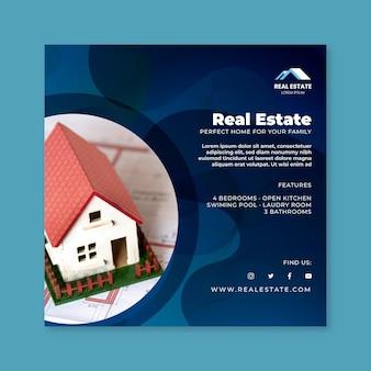 Modello di volantino quadrato immobiliare