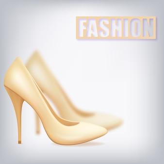 보트의 발 뒤꿈치에 현실적인 베이지 색 신발