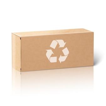 Реалистичная упаковочная коробка из чистого листа бумаги