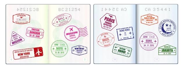 現実的な空白のパスポートページまたは透かしとスタンプ付きの空のパスポート