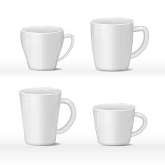 흰색 바탕에 현실적인 빈 흰색과 검은 색 커피 잔 컵. 빛나는 표면으로 뜨거운 음료 용기 컵 컬렉션입니다. 현실적인 3d 스타일. 모의를위한 템플릿.