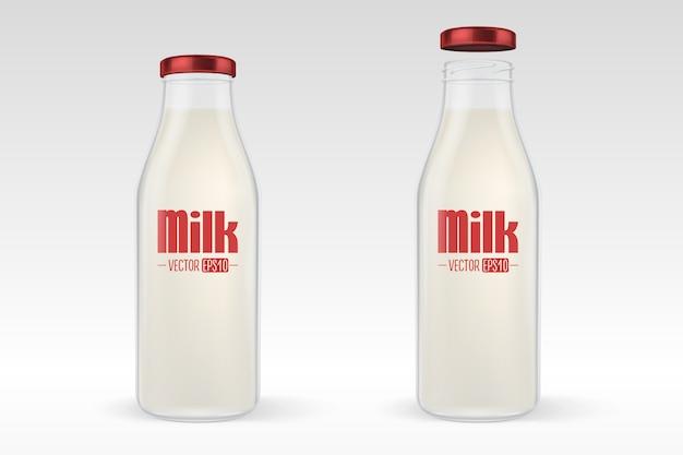 現実的な閉じた、開いた完全なガラスの牛乳瓶は白い背景の赤いふたのクローズアップで設定。