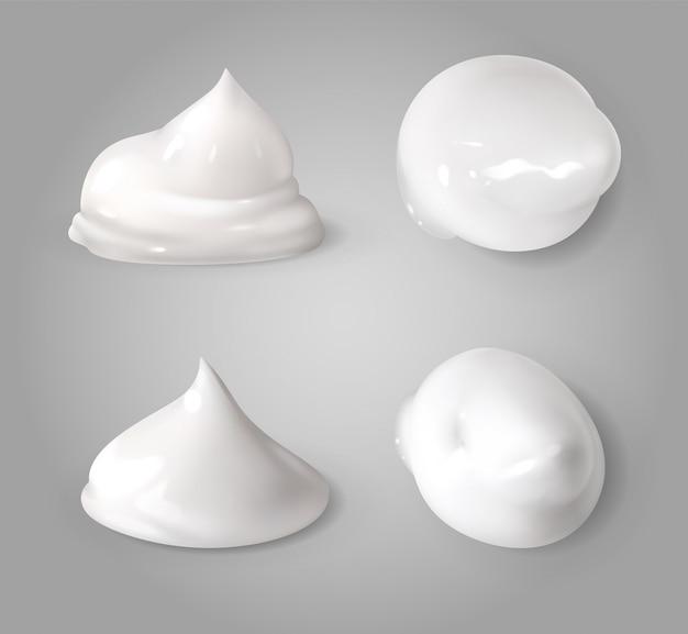 현실적인 크림 거품. 흰색 무스 또는 거품 우유 젤 방울 연고 미용 제품 질감 형태