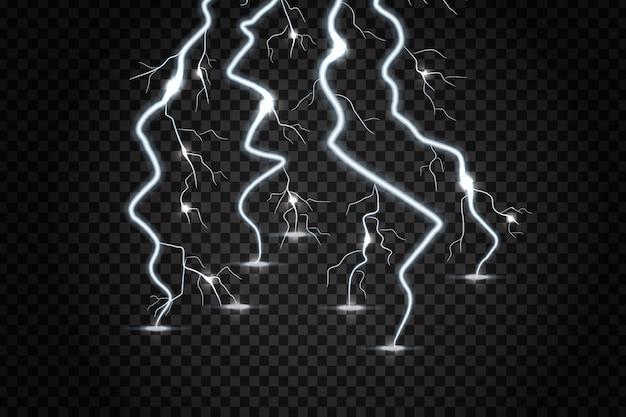 装飾と透明な背景を覆うための現実的な電気。電気効果、雷、稲妻のコンセプトです。