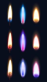 Реалистичные пламя различной формы и цвета спичек зажигалок и свечей изолированных иллюстрация Бесплатные векторы