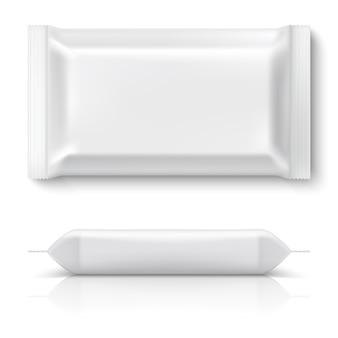 現実的なフローパック。現実的な白い食品パッケージクッキー枕ホイル空白スナックビスケットプラスチックパッケージのモックアップ。 3dテンプレート