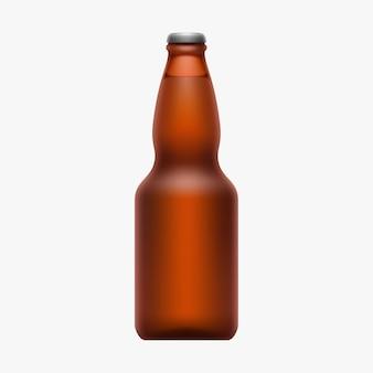 Реалистичная полная пивная бутылка коричневого цвета изолирована