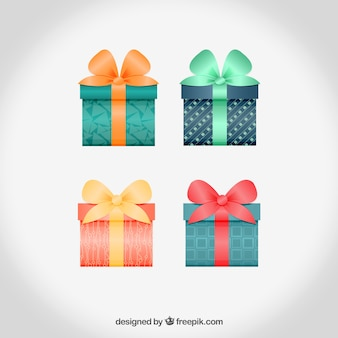Realistic gift boxes