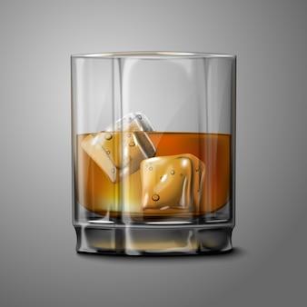 スモーキースコッチウイスキーと灰色の背景とブランドの氷の現実的なガラス。すべての背景に透明なガラスと飲み物。