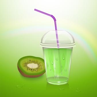 플라스틱 컵에 현실적인 키위 주스.