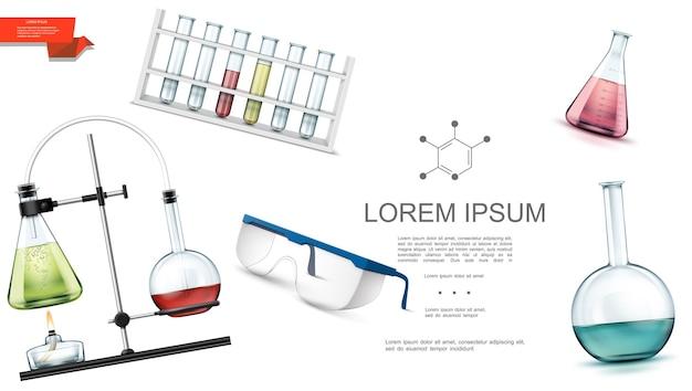 Реалистичный шаблон лабораторного оборудования с пробирками различной формы, защитные очки, химическая реакция с колбами и спиртовой горелкой