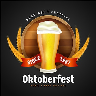 Realistic oktoberfest background with pint