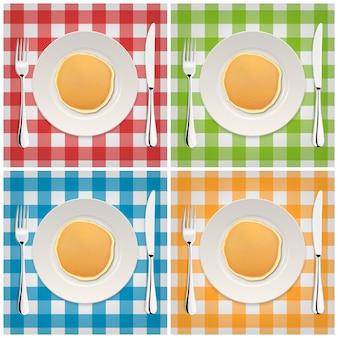 Реалистичные блин на белой тарелке с вилкой и ножом, набор иконок. крупным планом, вид сверху.