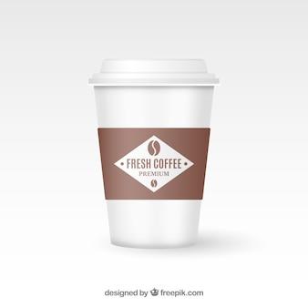 現実的な紙のコーヒーカップ