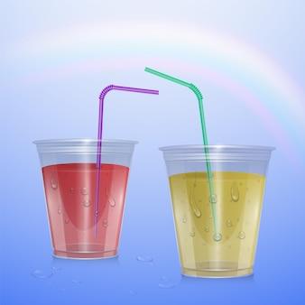 레모네이드와 딸기 주스, 일러스트와 함께 현실적인 플라스틱 컵