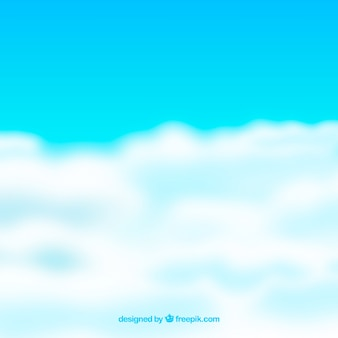 雲がある現実的な空の背景